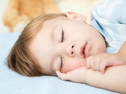 Co poradzić na nocne moczenie się u dzieci?