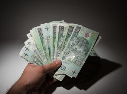 Co powinnaś wiedzieć, gdy pożyczasz pieniądze