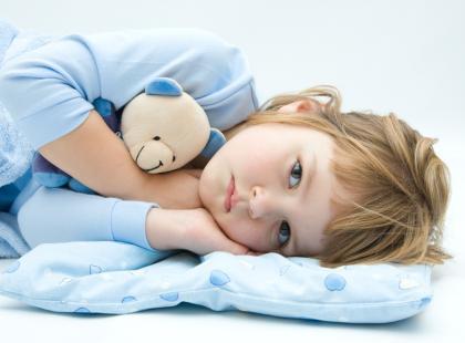 Co robić, gdy dziecko gorączkuje?