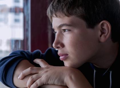 Co to jest autyzm – dziecięcy i atypowy plus jego objawy