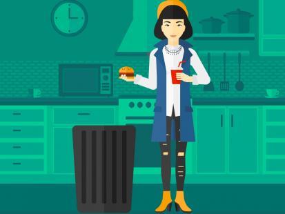 Co trzeci Polak wyrzuca jedzenie do kosza. Co najczęściej w nim ląduje?