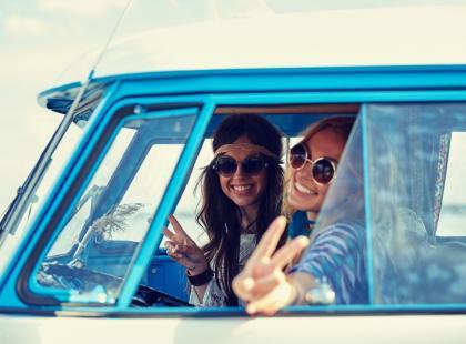 Co zabrać ze sobą w długą podróż samochodem?