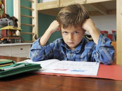 Co zrobić, by dziecko samo odrabiało pracę domową?