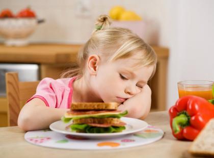 Co zrobić, gdy dziecko w trakcie infekcji nie ma apetytu?