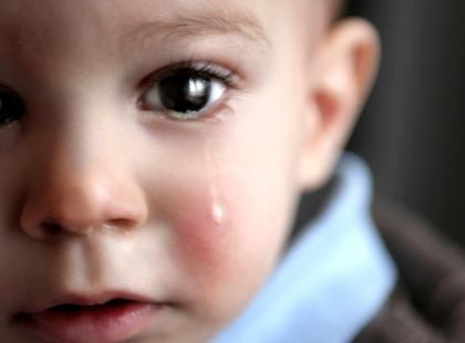Co zrobić, kiedy dziecko ma biegunkę w podróży?