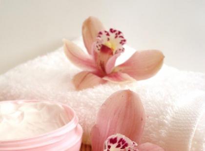 Co zrobić, żeby przedłużyć trwałość kosmetyku?