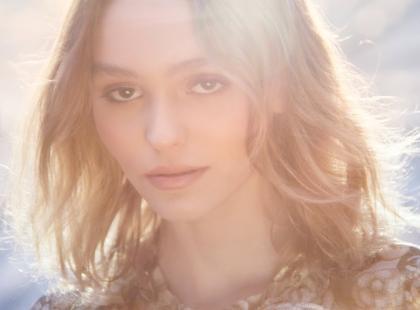 Córka znanego aktora w kampanii nowego zapachu Chanel N°5 L'Eau