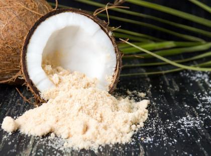 Cukier kokosowy - zdrowa alternatywa dla cukru? Poznaj naszą opinię!