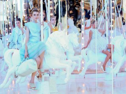 Cukierkowy pokaz Louis Vuitton - wiosna 2012