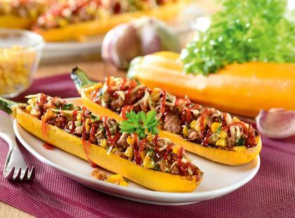 Cukinia faszerowana mięsem to ciekawy pomysł na letni obiad
