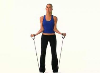 Ćwiczenia na smukłe ramiona - video