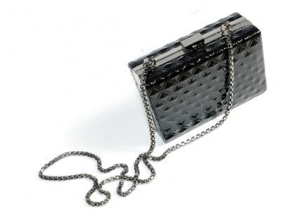Czarne wieczorowe torebki - idealne uzupełnienie sylwestrowej stylizacji