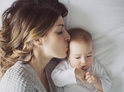 Czego nigdy nie powinniśmy mówić młodym matkom? Poznaj 16 komentarzy, które sprawiają im szczególną przykrość