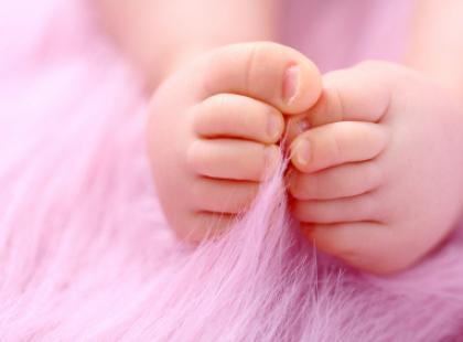 Czop śluzowy- zwiastun porodu