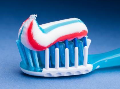 Czy fluor zawarty w paście do zębów jest szkodliwy?