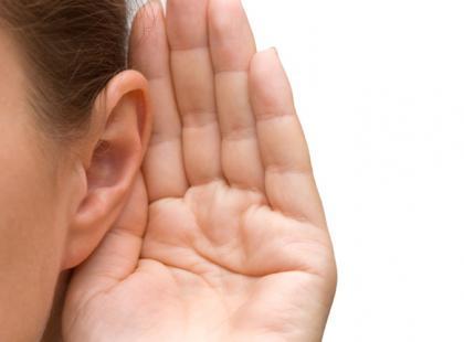 Czy jednostronny niedosłuch może utrudniać rozwój dziecka?