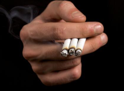 Czy palenie zwiększa ryzyko zachorowania na raka żołądka?