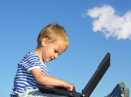 Czy pozwalać dziecku oglądać telewizję?
