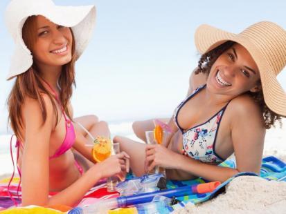 Czy puścić nastolatka na wakacje bez opiekuna?