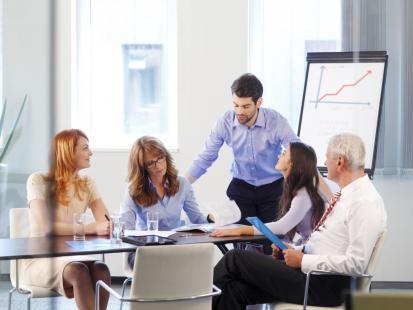 Czy szkolenia powinny odbywać się w czasie pracy?
