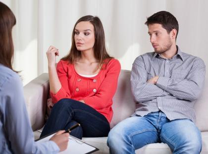 Czy terapia małżeńska pomaga uratować związek?