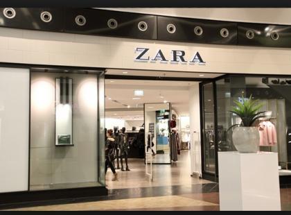 Czy to siękiedyś skończy? Sukienka z Zary po raz kolejny stała się hitem sprzedażowym!