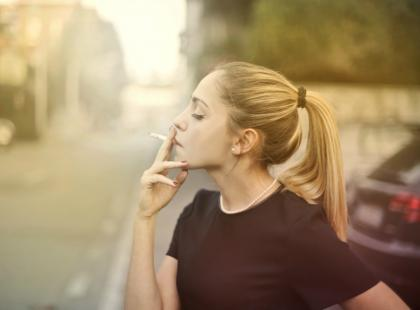 Czy to sprawiedliwe? Jedna z firm postanowiła dać niepalącym pracownikom dodatkowe 6 dni urlopu!