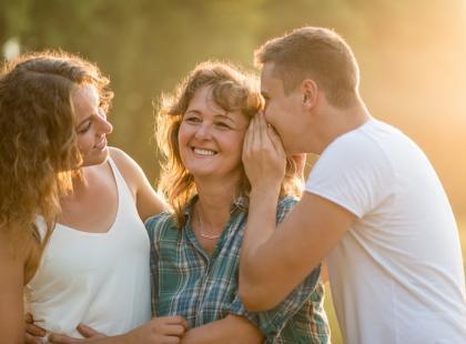 Czy twój facet jest maminsynkiem? A może po prostu jest blisko związany ze swoją matką? [psychotest]