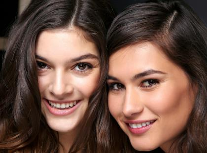 Czy warto używać jedwabiu do włosów?