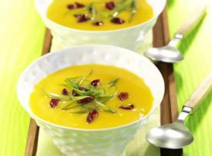 Zupa z dyni z suszoną żurawiną amerykańską/fot. Made In PR