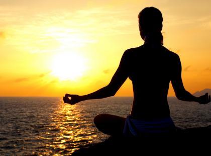Czy wiesz jak ćwiczyć jogę w plenerze