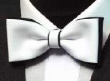 Czy wiesz jak dobrać dodatki do garnituru ślubnego?