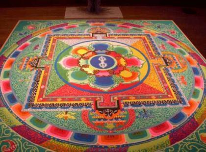 Czy wiesz jak medytować z mandalą?