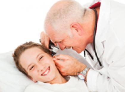 Czy wiesz jak poradzić sobie z bólem ucha?
