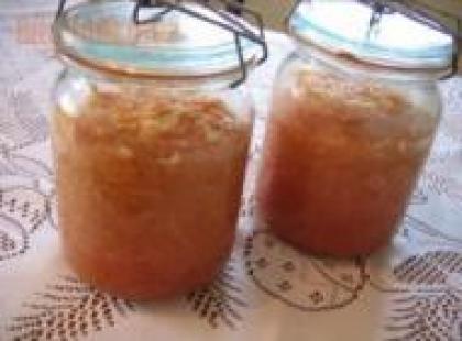 Czy wiesz jak przygotować marmoladę jabłkową do szarlotki?