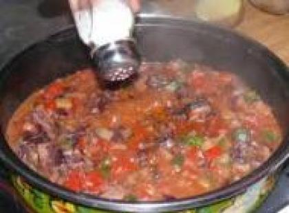 Czy wiesz jak przygotować zupę-krem z radicchio i bazylią?