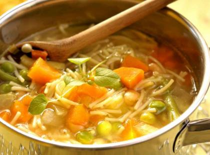 Czy wiesz jak ugotować minestrone z kaszą?