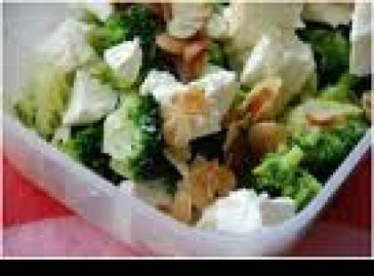 Czy wiesz jak zrobić sałatkę brokułową?