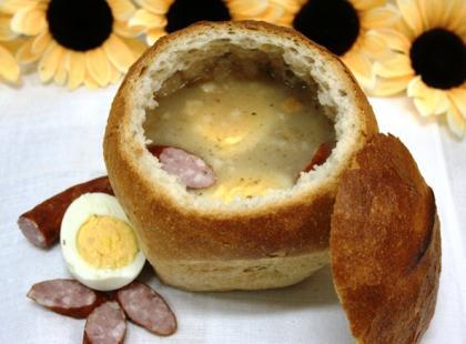 Czy wiesz jak zrobić żurek w chlebie?