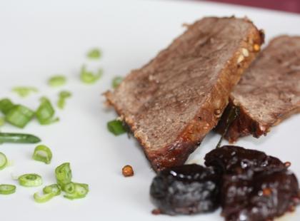 Czy wiesz jak zrobić zwijaną pieczeń wołową?