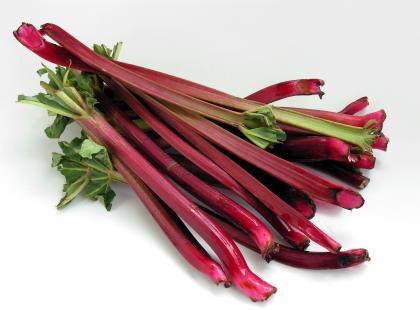 Czy wiesz jak zupę rabarbarowo-truskawkową?