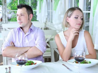 Czy wspólne jedzenie posiłków to już przeszłość?