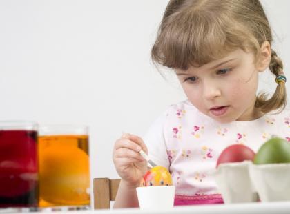 Czy zeza u dziecka należy leczyć?