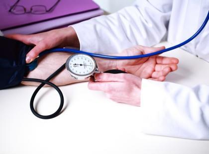Czym grozi nieleczenie nadciśnienia tętniczego?