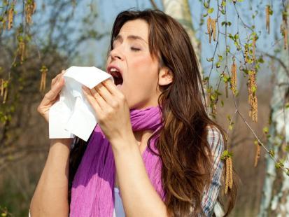 Czym leczyć alergiczny katar?
