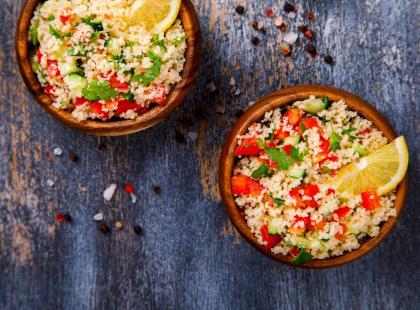 Czym wiesz czym jest kuskus? Dlaczego warto włączyć kuskus do diety i jeść go regularnie?