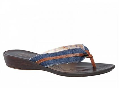 Damskie obuwie Bata na lato 2011