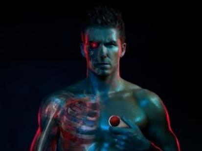 David Beckham w reklamie telefonu AURA