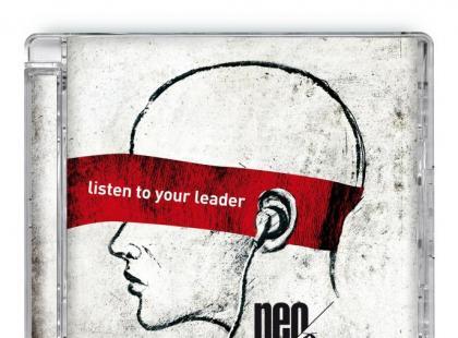 Debiutancki album Neo Retros