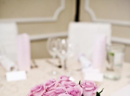 Dekoracje ślubne w wykonaniu Aranżerii Kwiatowej